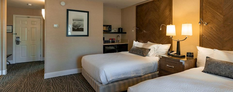 Classic Two Double Bed Room at BEST WESTERN PLUS Stevenson Manor, California